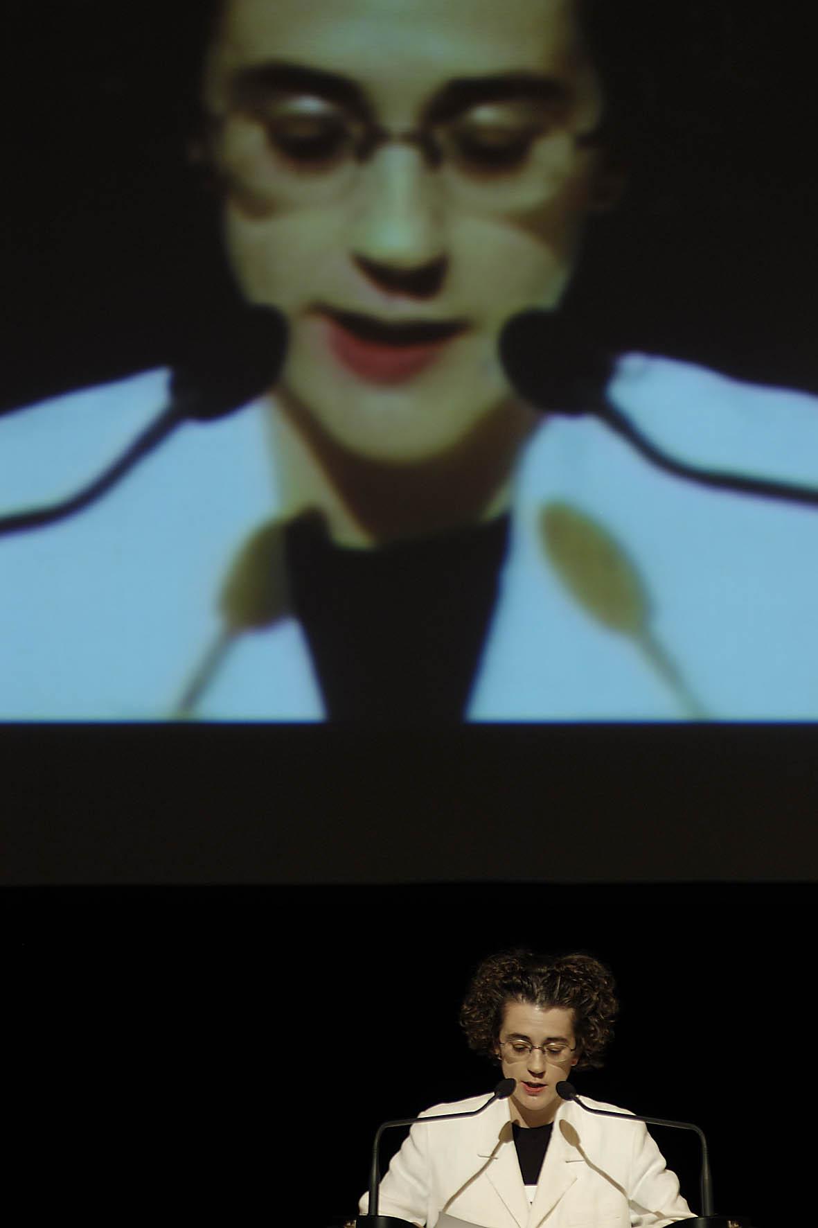 Olga Neuwirth bei der Eröffnung dessteirischer herbst 2003 ·FotoNicolas Lackner