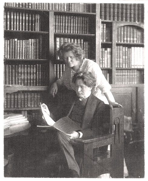 Gerda und Ferruccio Busoni in ihrer Berliner Wohnung