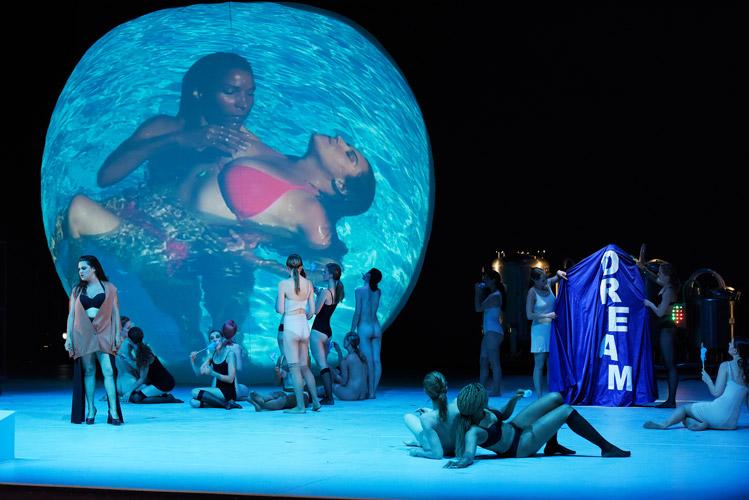 DIE ENTFÜHRUNG AUS DEM SERAIL, Regie: Rodrigo Garcia, Premiere 17. Juni 2016 Deutsche Oper Berlin • Foto © Thomas Aurin