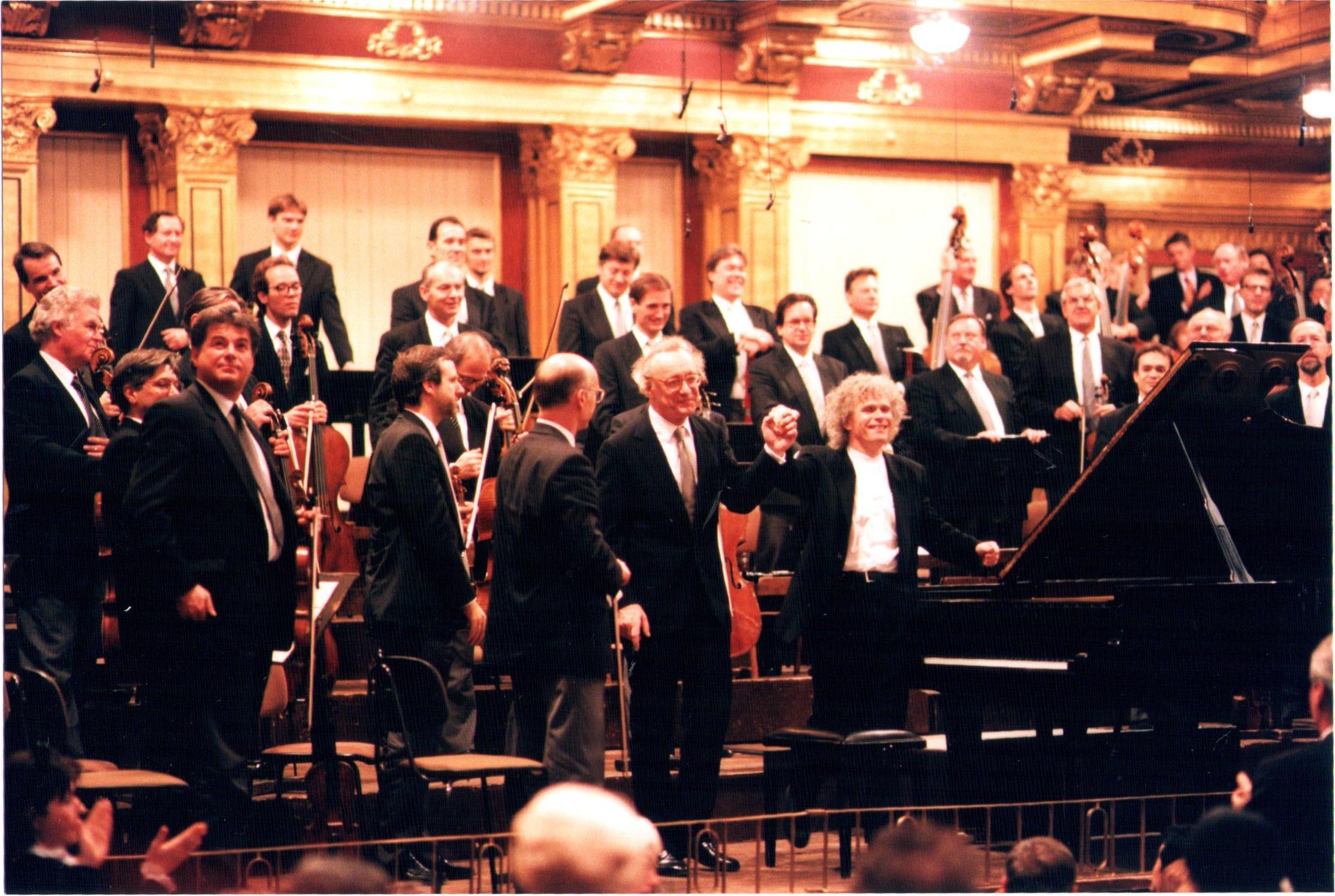 Rattle, Brendel und die Wiener Philharmoniker beim Abschiedskonzert für Brendel