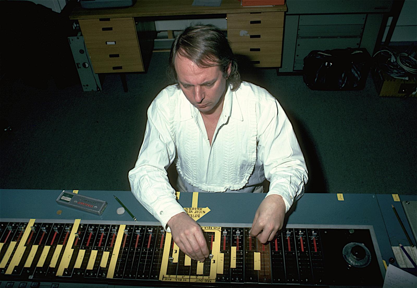 Karlheinz Stockhausen, 1977 •Foto©Werner Scholz / Archiv der Stockhausen-Stiftung für Musik