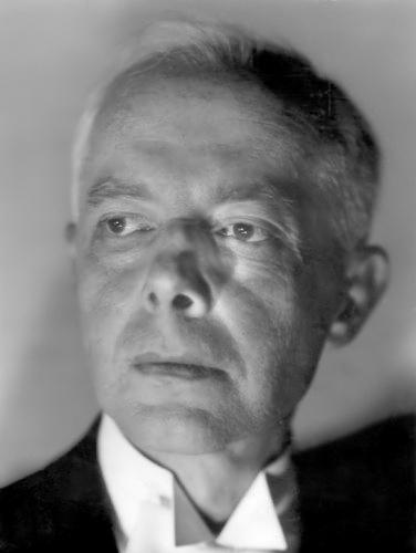 Béla Bartók – eines der letzten Fotos des Komponisten • FotoWikimedia Commons (Public domain)